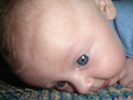 Tummy_time_004